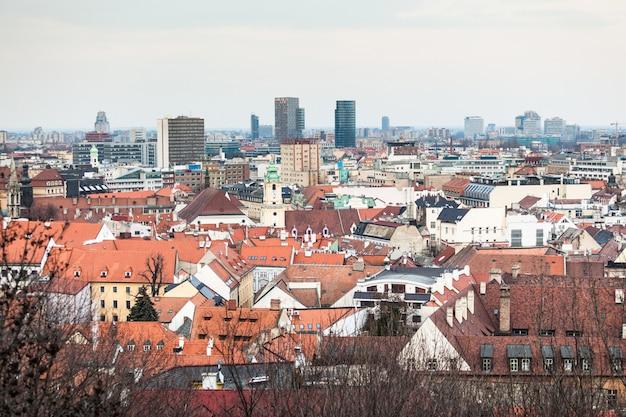 Panoramisch zicht op bratislava