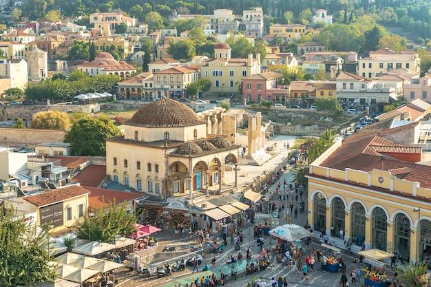 Panoramisch zicht op de akropolis van athene griekenland.