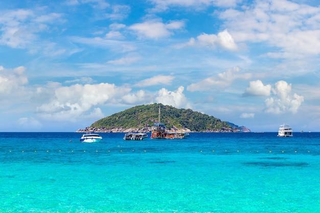 Panoramisch zicht op de similan-eilanden, thailand
