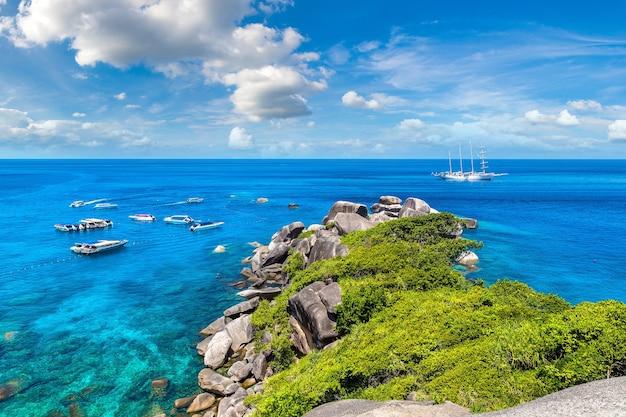 Panoramisch zicht op de similan-eilanden thailand