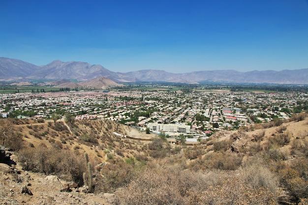 Panoramisch zicht op de stad los andes, chili