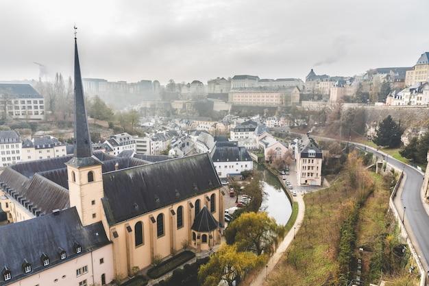 Panoramisch zicht op de stad luxemburg
