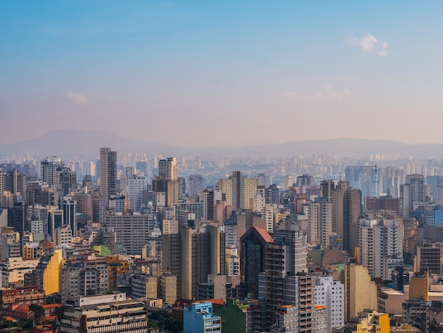 Panoramisch zicht op het centrum van de stad sao paulo.