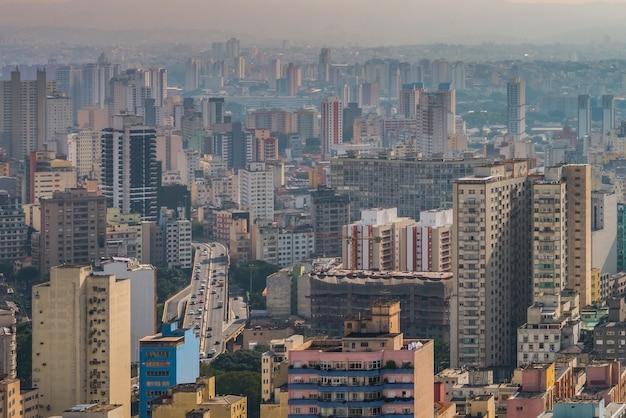 Panoramisch zicht op het centrum van de stad sao paulo