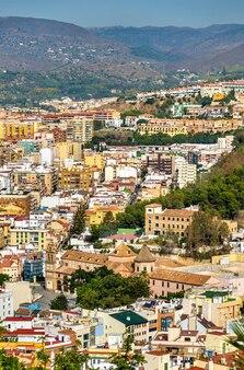 Panoramisch zicht op malaga van gibralfaro castle in andalusië, spanje