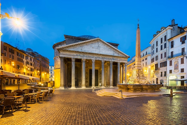 Pantheon 's nachts, rome, italië, europa