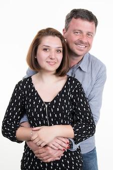 Papa met zijn volwassen dochter, geïsoleerd op wit