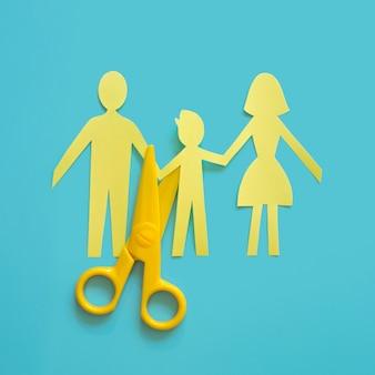Papieren familie gescheiden