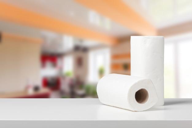 Papieren handdoekrollen