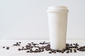 Papieren kopje afhaalmaaltijden koffie