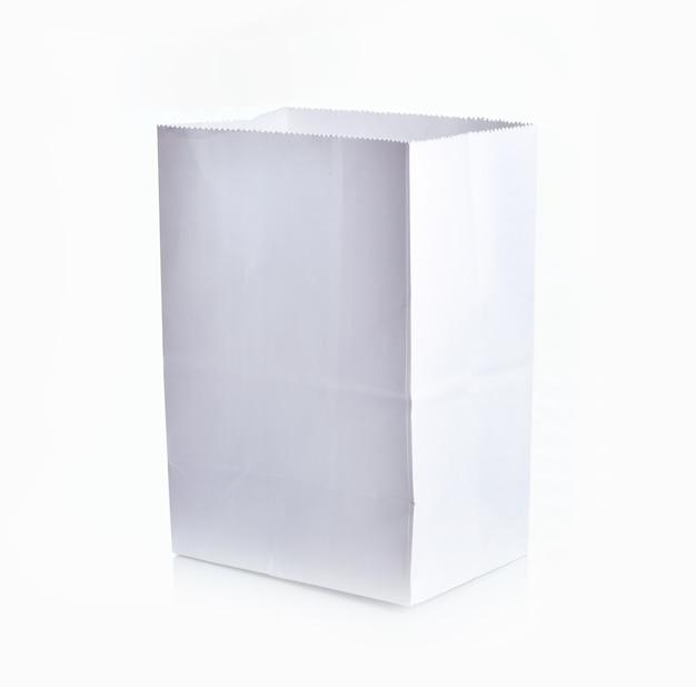 Papieren zak blanco op wit