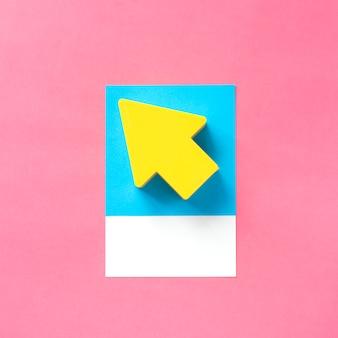 Papierkunst van een gele pijl