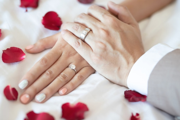 Paren zijn getrouwd op valentijnsdag
