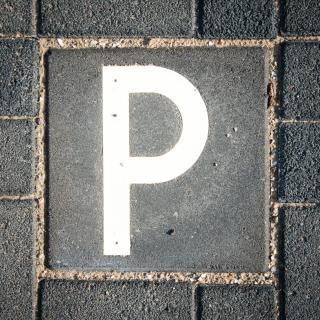 Parking sign straat