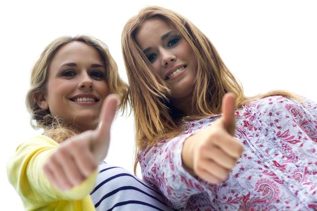 Parque personas chicas mujer pareja