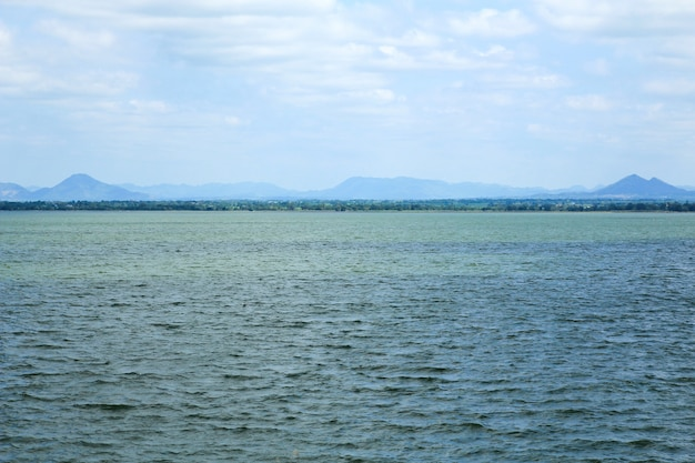 Pasak dam-meren in lopburi, thailand.