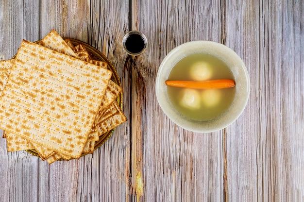 Pascha pesach vakantie heerlijke matzoh balsoep met matzah