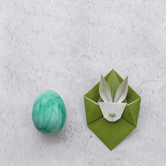 Pasen-reeks van ei en origami