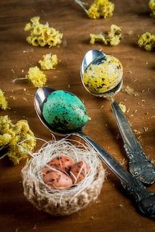 Pasen-stilleven met eieren
