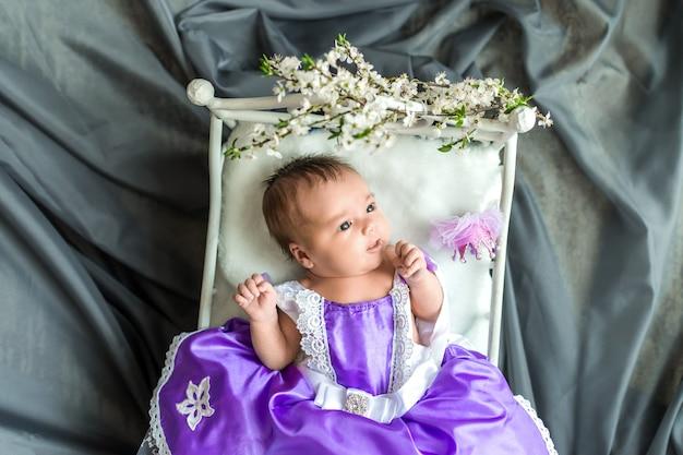 Pasgeboren baby meisje prinses