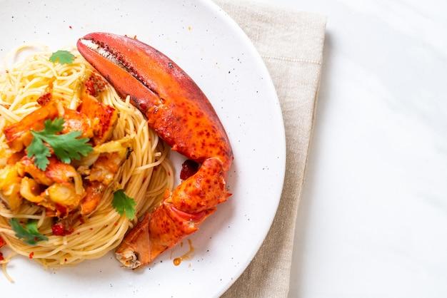 Pasta all'astice of kreeftenspaghetti