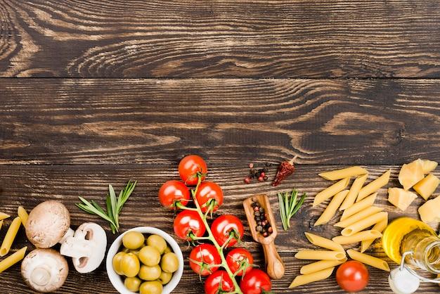 Pasta met groenten ingrediënten