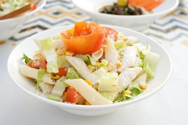 Pastasalade, egyptische keuken, midden-oosterse gerechten, arabische mezza, arabische keuken, arabische gerechten