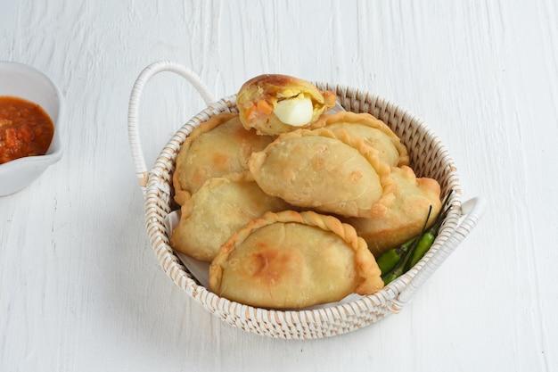 Pastel goreng is populair in indonesië
