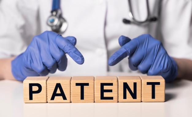Patent woord medisch auteursrecht en beschermde rechten concept