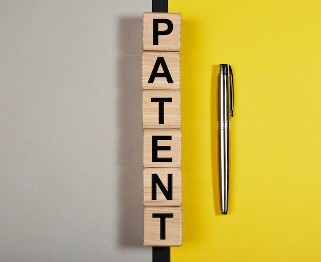 Patent woord zakelijke auteursrecht en beschermde rechten concept