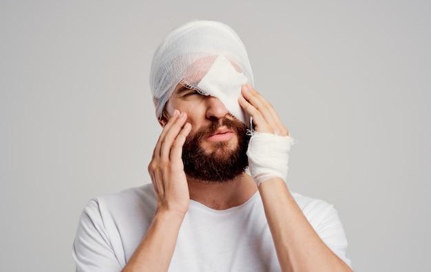 Patiënt met een verbonden hoofd