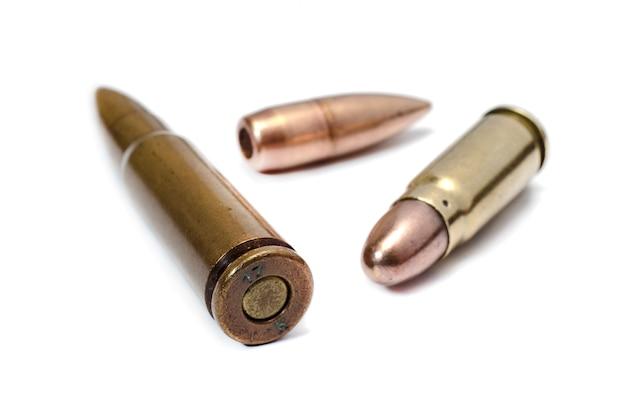 Patronen en kogels voor aanvalsgeweer
