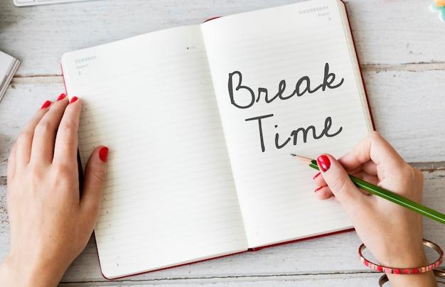 Pauze tijd ontspanning recess stoppen lossen uitje concept