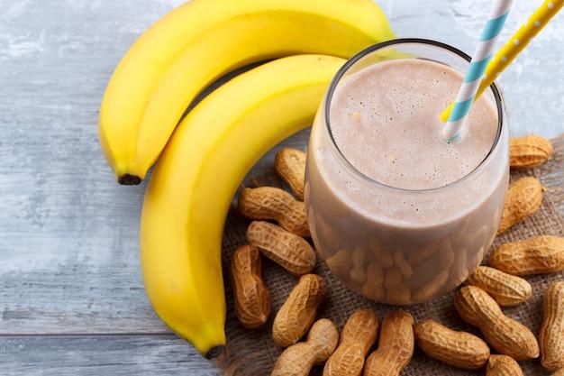 Peanut butte banaanhaver smoothie