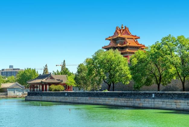 Peking, china op de buitenste grachthoek van de verboden stad.