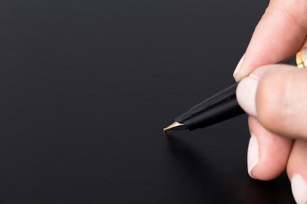 Pen in de hand