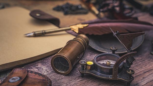 Pen quill met piraat accessoires