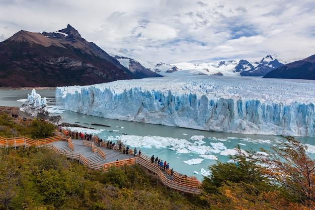 Perito moreno gletsjer bevroren velden