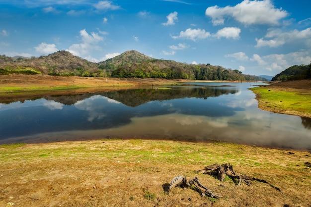 Periyar wildlife sanctuary india