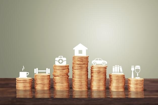 Persoonlijke uitgaven concept. financiële analyse achtergrond. gouden munten stapel en pictogrammen.