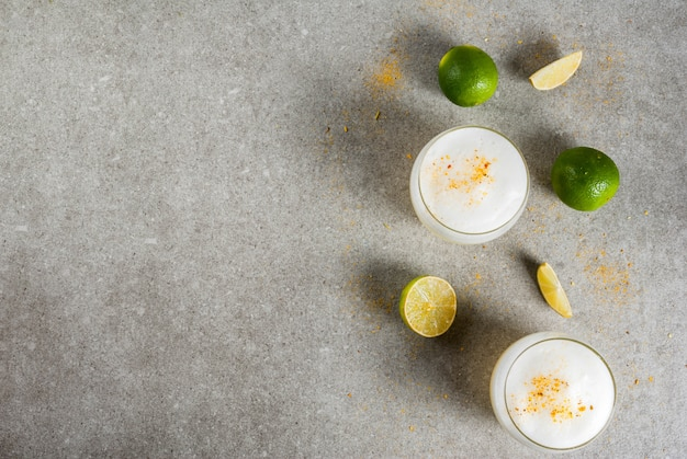 Peruviaanse, mexicaanse, chileense traditionele drank pisco zure likeur