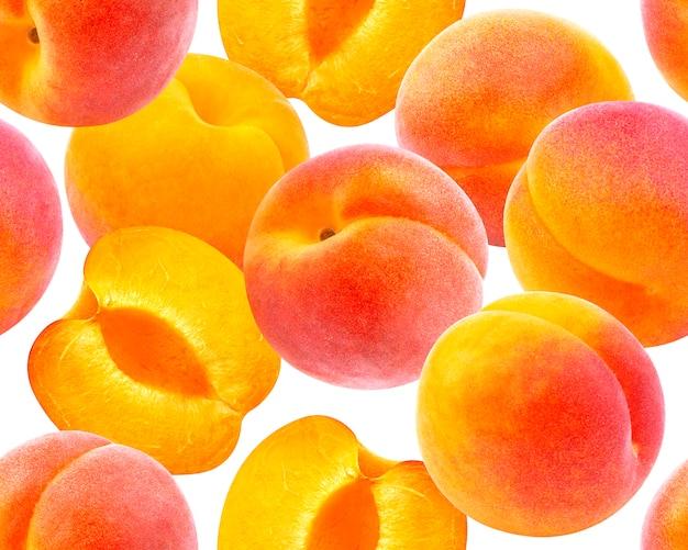 Perzik naadloos patroon. rijpe perziken die op wit worden geïsoleerd