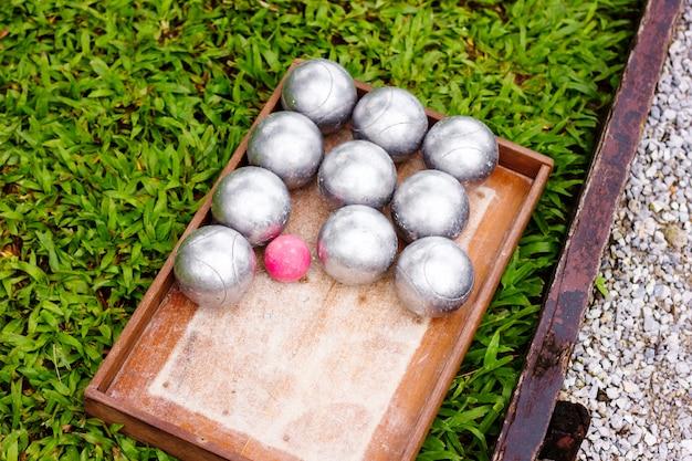 Petanque metal balls klaar om te spelen