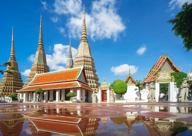 Pho-tempel in de stad bangkok, dit beeld kan voor thailand, groot paleis worden gebruikt