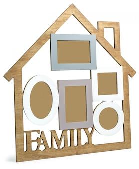 Photo frame house bestaat uit vijf frames en de tekst family.