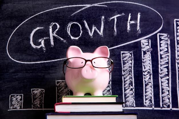 Piggy bank met groeimeter