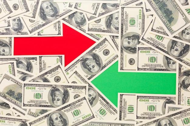 Pijlen met bankbiljetten