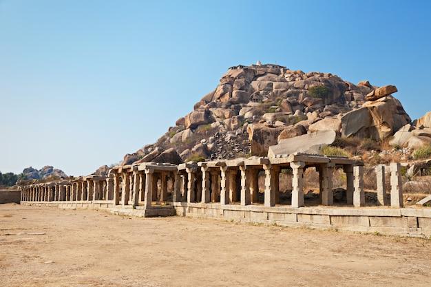 Pijlers van de tempel