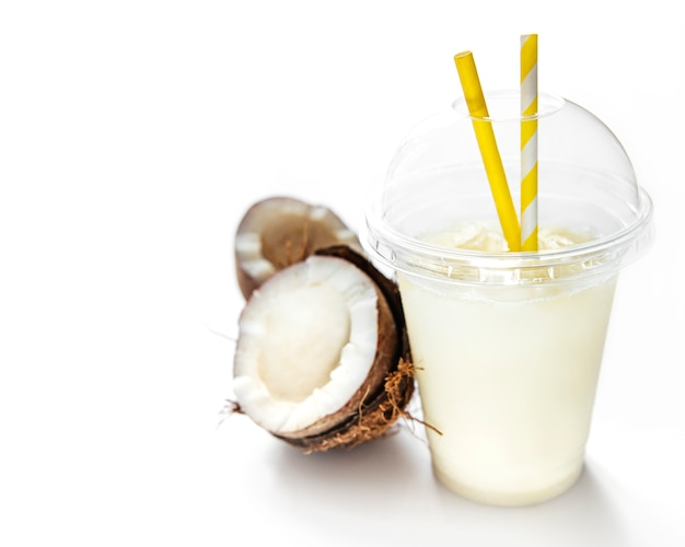 Pina colada verse cocktail