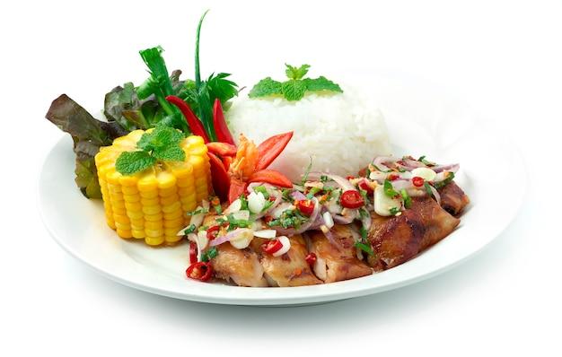 Pittige gegrilde kip met rijst recept thais eten